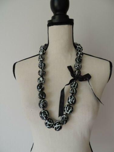 Hawaiian Black & White Tiger Kukui Nut Lei Necklace