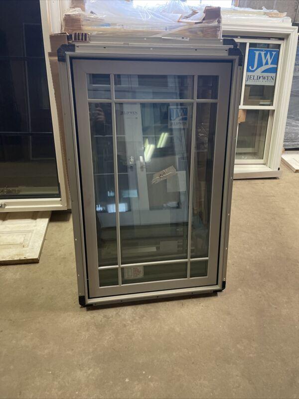 """Jeld Wen Alum Clad Casement  Prairie Energy Efficient Window 30"""" X 48"""" No Screen"""