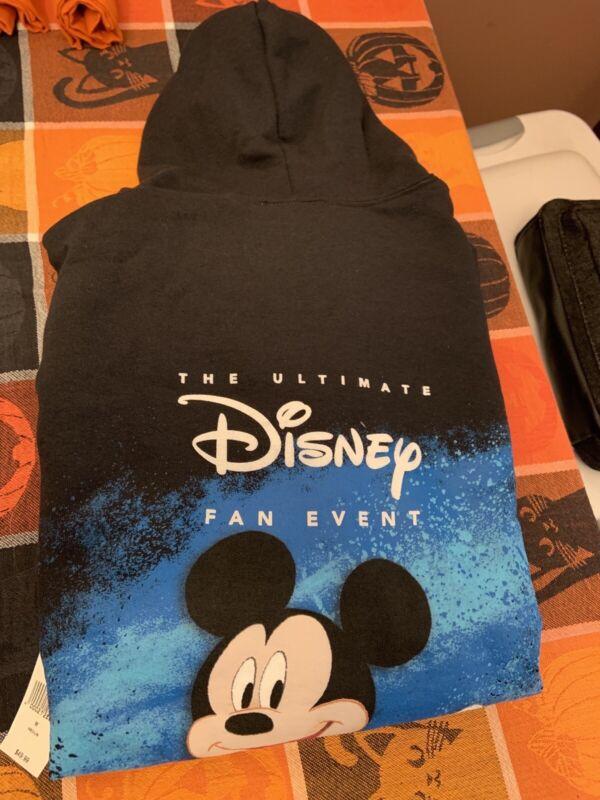 D23 Disney Expo 2019 Dream  Hoodie Hoodie sweatshirt NWT Medium.
