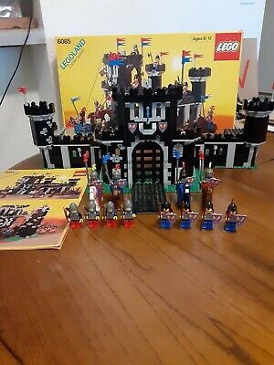 LEGO 6085 Castle Black Monarch's Castle complete with box and Instructions