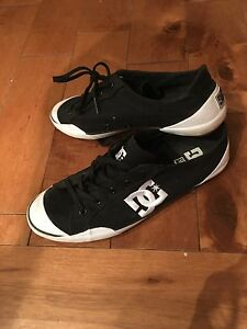 Chaussures DC femme 9.5 us