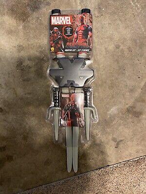 Deadpool Classic Costume (Marvel Classic Deadpool Weapon Costume Accessory)