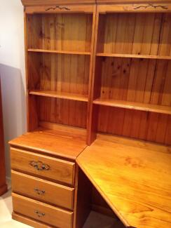Timber Cnr Desk with matching 3 Draws & Hutch Holsworthy Campbelltown Area Preview