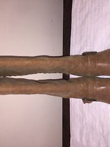 STEVE MADDEN RIDING BOOTS! brown boots! Size 6