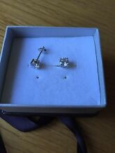 Sterling silver earings Piccadilly Adelaide Hills Preview