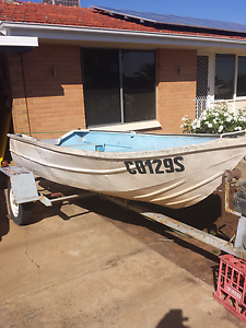 Dinghy and trailer Ingle Farm Salisbury Area Preview