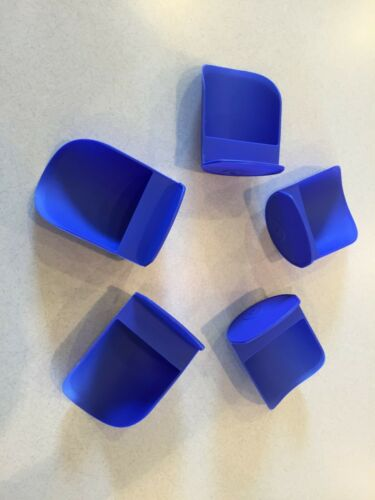 TUPPERWARE NEW RND FLOUR ROCKER SCOOPS ELECTRIC BLUE SET OF 5 HTF COLOR