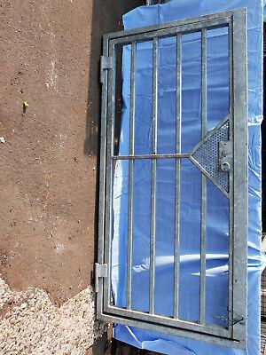 Auflösung-Sehr schwere verzinkte Tür mit Rahmen--Tolle Qualität-Schlosserarbeit-