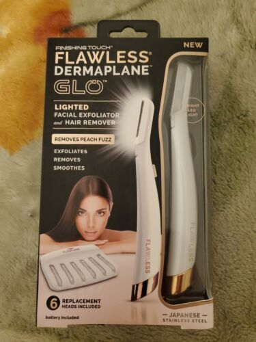 Finishing Touch Flawless Dermaplane GLO Lighted Facial Exfol