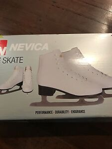 Brand new in box ice skating shoes size 7 (41) Wilson Canning Area Preview