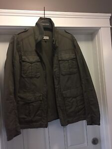 le chateau Men's Casual Jacket, Size Med
