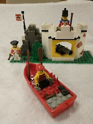 LEGO VINTAGE PIRATES 6266 - CANNON COVE - COMPLETE NO INSTRUCTIONS