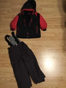 Children's place size 4 toddler boys winter coat and snow pants