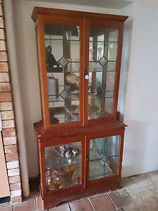 Display cabinet Bray Park Pine Rivers Area Preview