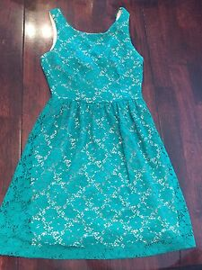 Women's dresses brand name size small