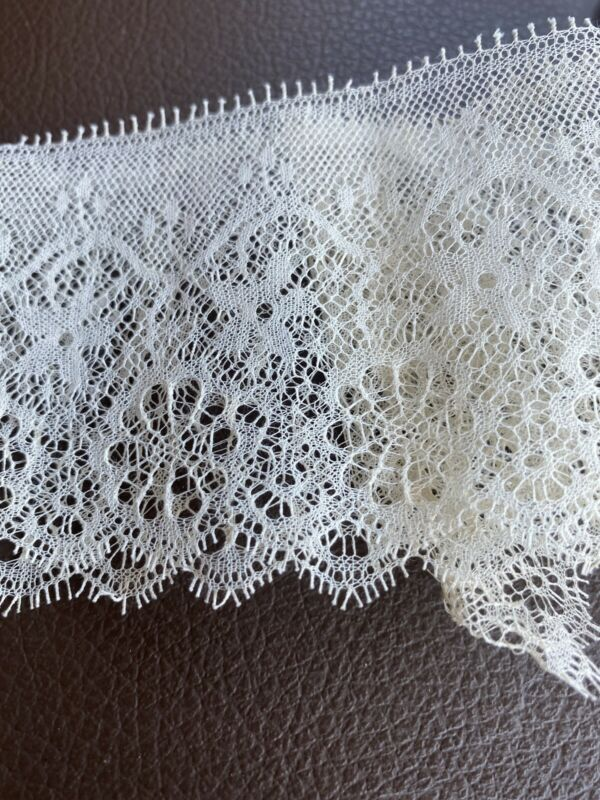 """34"""" Antique French Sweet Simple Net Lace Trim, Edging, Doll Excellent Salvage"""