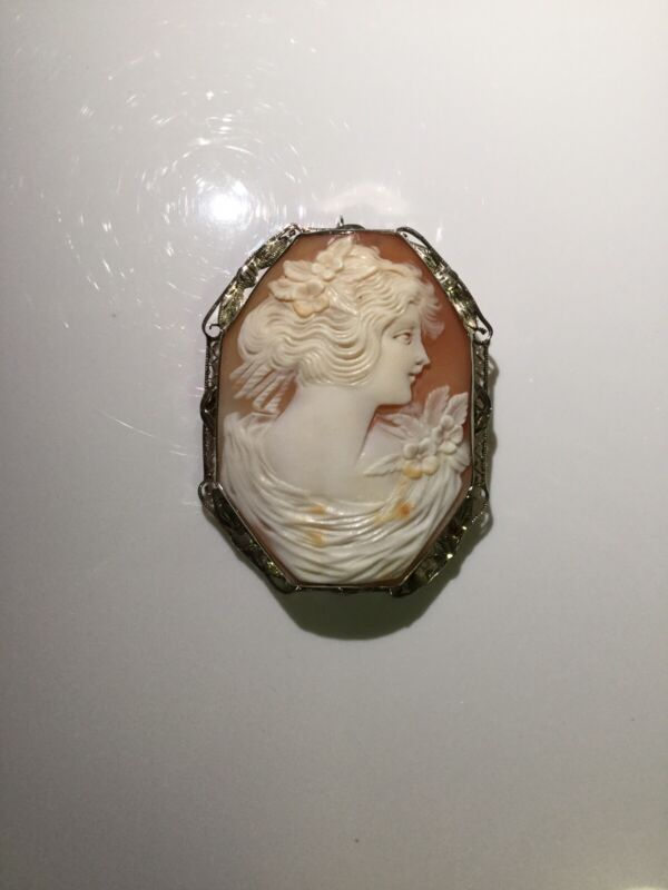 STUNNING ANTIQUE  LARGE HAND CARVED SHELL CAMEO 14K White GOLD BROOCH -PENDANT