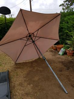 3metre Garden/Pool/Beach Umbrella/parasol. Selling frame  as it