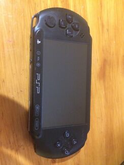 Soft modded psp with over 800 games