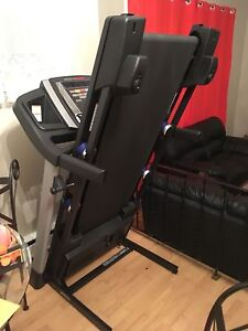 Treadmill (2 months old) moving sale  St. John's Newfoundland image 3