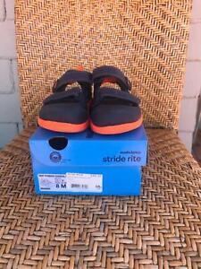 3efa17098fd4a6 Toddler Boys black sneakers VANS Tots Half Cab Snake Shoe - siz5 ...