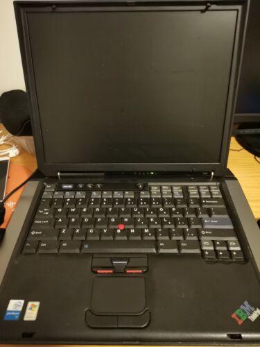 Laptop Windows - Retro IBM THINKPAD R40 laptop Windows 98