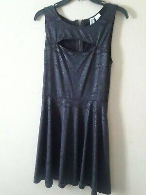 ck Women's Size Medium  zipped-up Dress pre owned (Chica Dress Up)