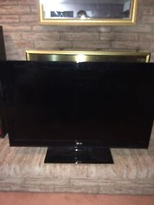 LG TV FOR PARTS