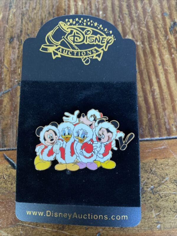 Santa Suits FAB 5 Disney Auctions Pin LE 1000 Mickey Minnie Goofy Donald Daisy