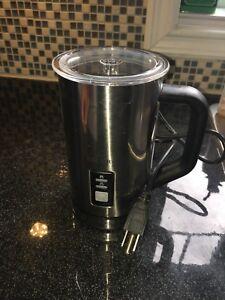 Mousseur a café