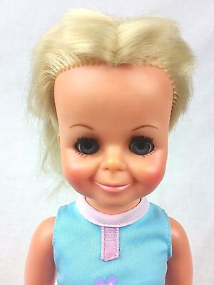 Vintage 1969 Ideal Crissy Doll  M-15 GH-15-H152 Blonde Grow Hair Crissy Clothes