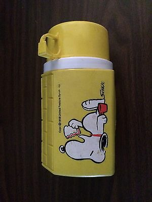 Vintage 1960s Snoopy Dog Yellow Plastic Thermos PEANUTS