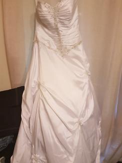 PRICE DROPPED, WEDDING DRESS/ DEB DRESS FOR SALE
