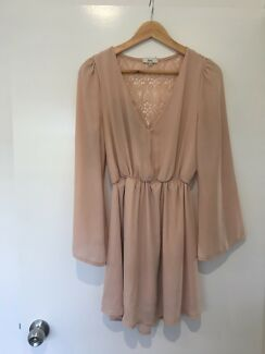Romantic dress!