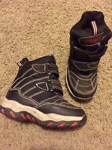 Toddler 7.5 winter boots