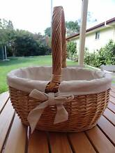 VINTAGE BASKET CANE PICNIC BASKET W/COTTON LINEN COVER NEVER USED West Ryde Ryde Area Preview