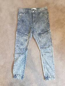 Nena and Pasadena Acid Washed Jeans size 34
