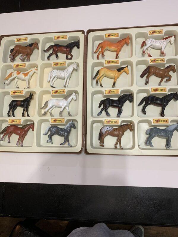 FUNRISE 1988 INTERNATIONAL ANIMAL COLLECTION 16 HORSES BREEDS W/CASE Vintage Toy