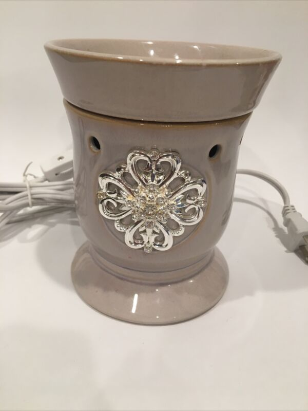 """Scentsy Full Size """"Mothers Day"""" Warmer (Discontinued)"""