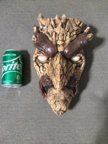 Spirit Halloween Animated Tree Face. Eyes light up, moth moves and talks, 2009
