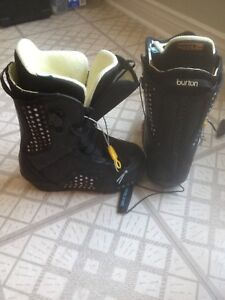Ladies size 6 button snowboard boots $40