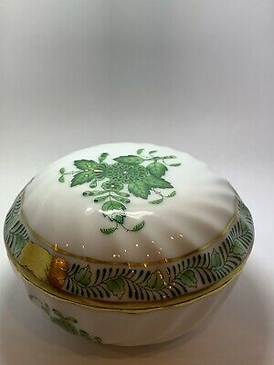 Herend Hungary Green 24KT Gold Chinese Bouquet Porcelain round ring box