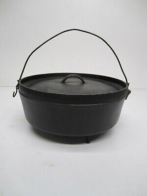 Vtg Unmarked #14 Cast Iron 3 Footed Camping Dutch Oven Pot W/ Handle & Lid Large