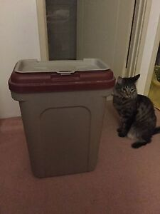 Large size pet/cat/dog food storage containers bin Carlisle Victoria Park Area Preview