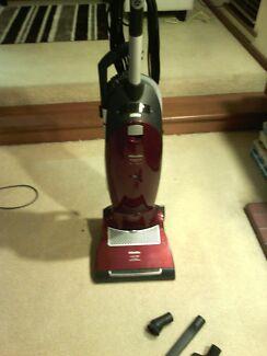 Miele S7 upright vacuum, like dyson, kirby. Para Vista Salisbury Area Preview
