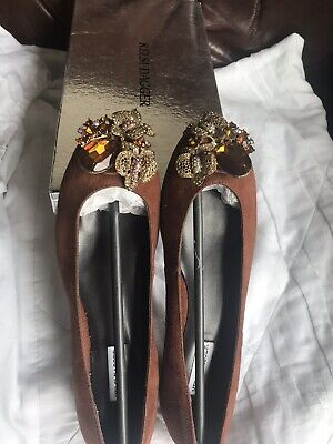 Designer BN  Kelsi Dagger Women's Cognac Suede Flat Pump With A Diam Brooch