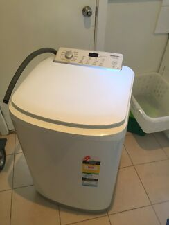 Simpson 6.5kg top loader washing machine - 6 months old DELIVERED!
