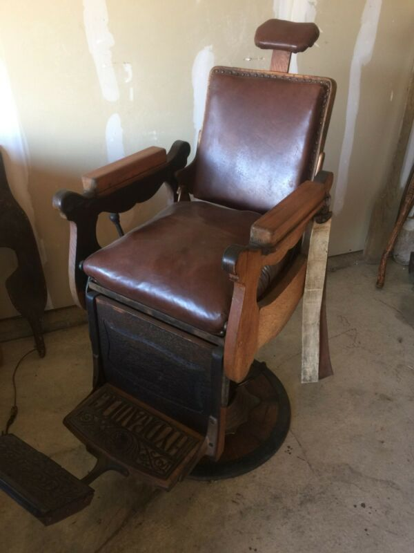 KOCHS ANTIQUE BARBER CHAIR SOLID WOOD