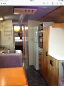 Clasic Leyland Motorhome Trinity Park Cairns Area Preview