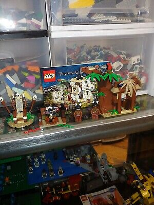 LEGO PIRATES OF THE CARIBBEAN  4182 CANNIBAL ESCAPE COMPLETE